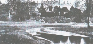 Linlathan House and Dighty Water